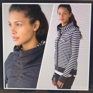 lululemon athletica Tops - Lululemon reversible pullover